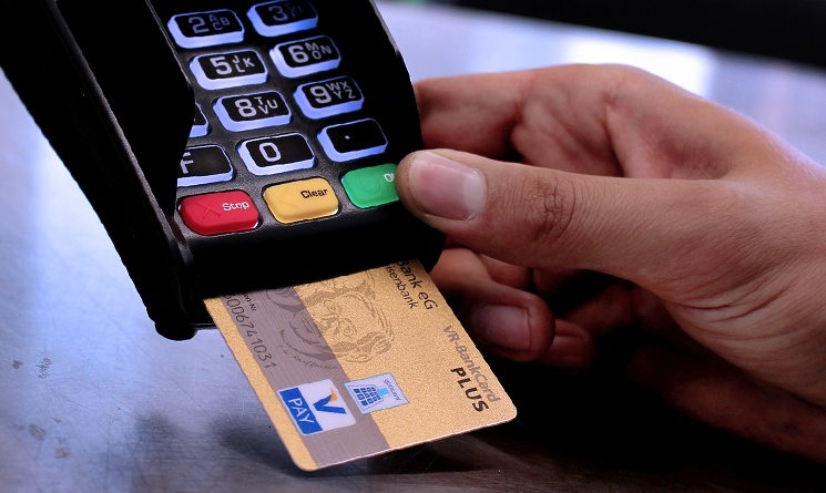 Here Are Three Reasons Why Utilizing A Credit Card Chip Reader Is Smart Decision For Retailers